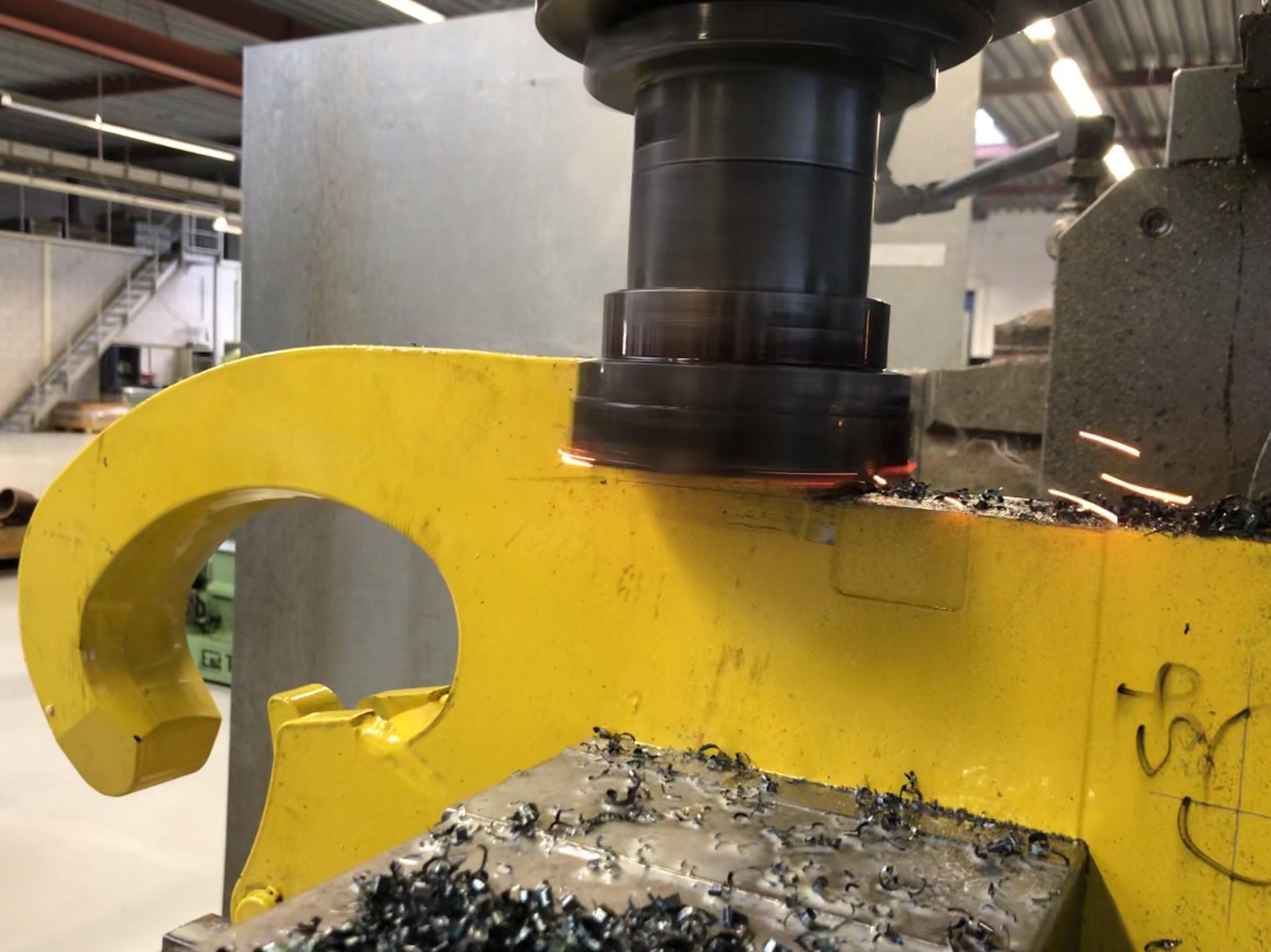 Verspaning - Machine - Vernie Metaalbewerking